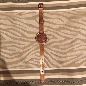 Tahari Accessories - TAHARI rosegold and quartz watch new with box